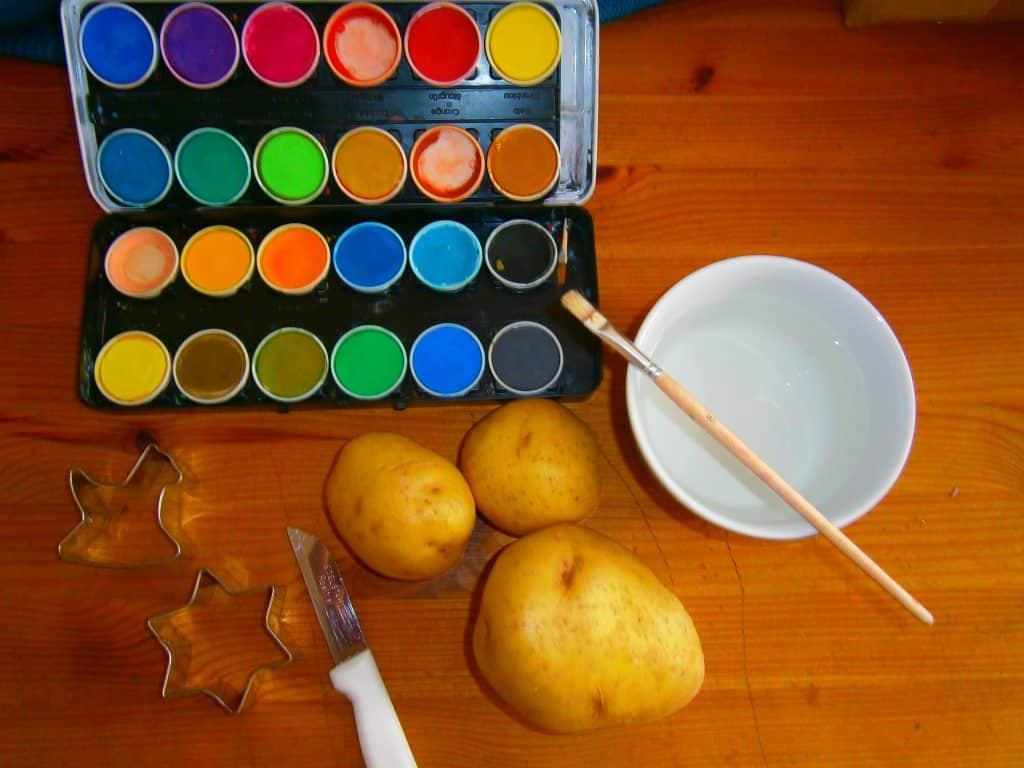 Materialien Kartoffelstempel kinderzone-rumpelkiste.de